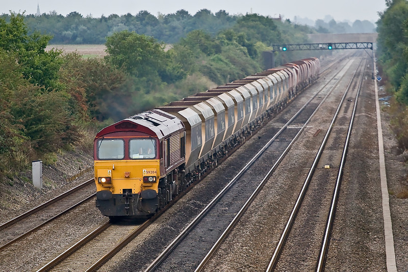 25th Aug 07: 59204 on 6V18 with RMC hoppers in the Consist
