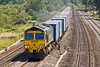 3rd Aug 07: 66538 powers a late running 4M58 Southampton to Ditton Liner