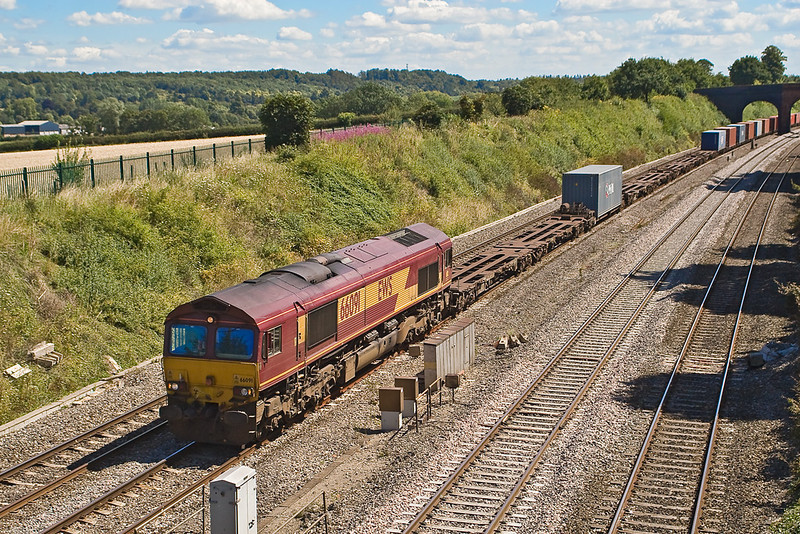 9th Aug 07: Due to a temporary speed restriction the Birch Coppice Intermodal headed by 66091 crawls passed