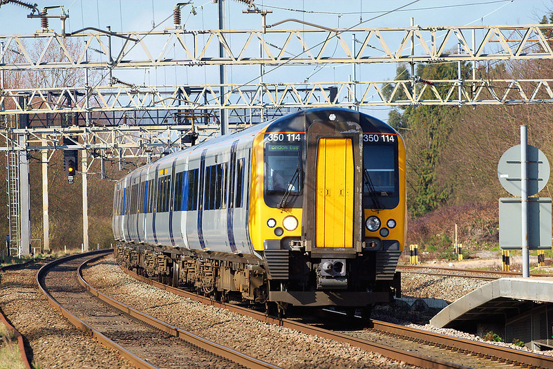 15th Mar 07: Desiro 350114 on the slow with a service from Northampton