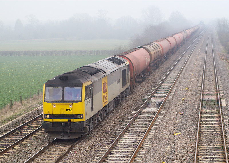27th Mar 07;  60062 and 6B33 empty Murco tanks from Theale to Robeston