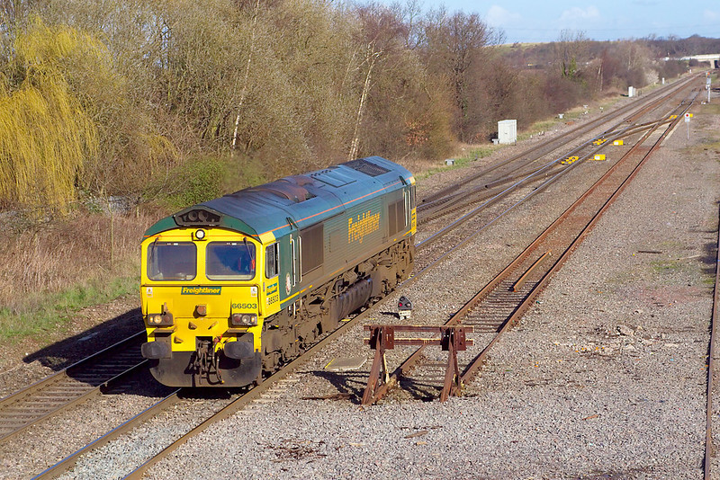 6th Mar 07:  66503 trots south at Kingsbury Junction