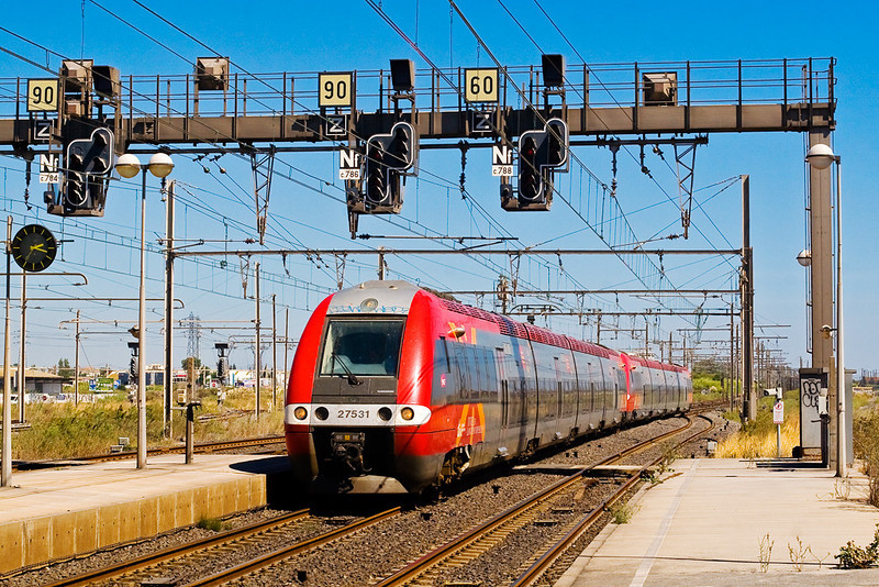 4th Sep:  In striking regional livery Bombardier built 27531 enters Sete heading for Beziers
