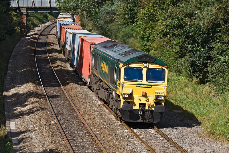 18th Sep 07: 4O27 from Ditton in the hands of 66505