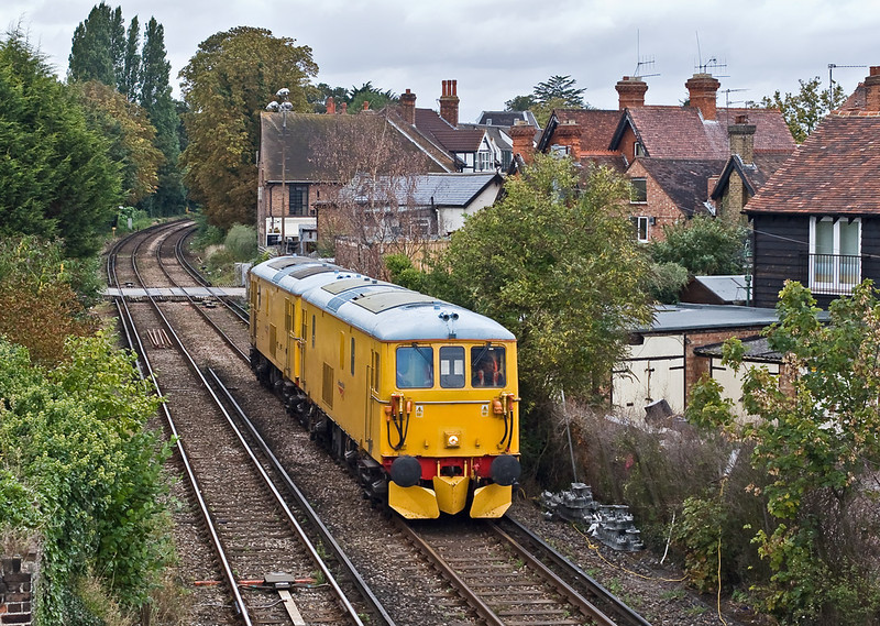 20th Aug 07: Network Rail EDs 73212 & 73213 were used on 2 Route Learning trips on the Windsor branch.  Captured here on the return approaching Dachett