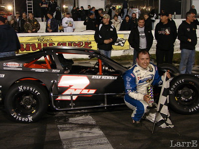 Ryan Newman gets a win at New Smyrna Speedway