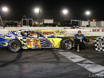 """Jimmy Blewett wins the """"SK"""" modified feature"""