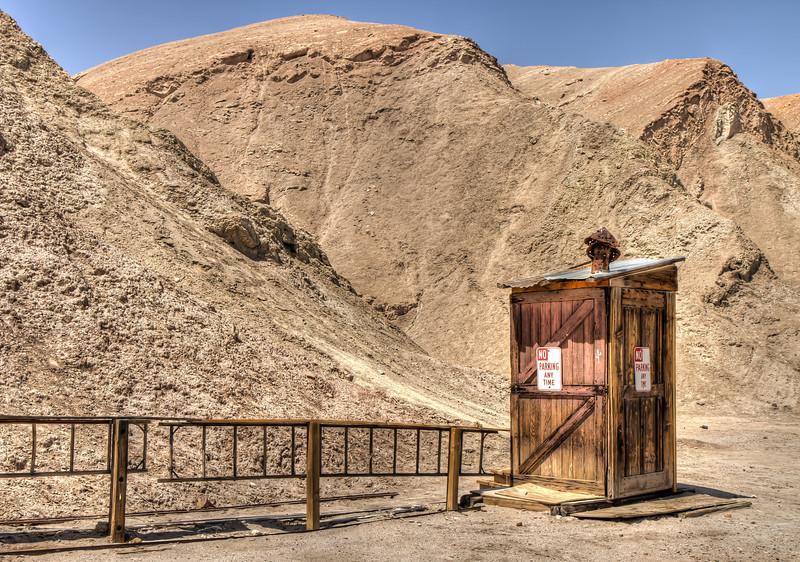 074 A Desert Cabin