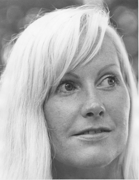 Connie, 1974