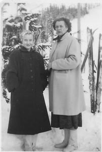 Mom (Dallas Katherine Barber) and Coila
