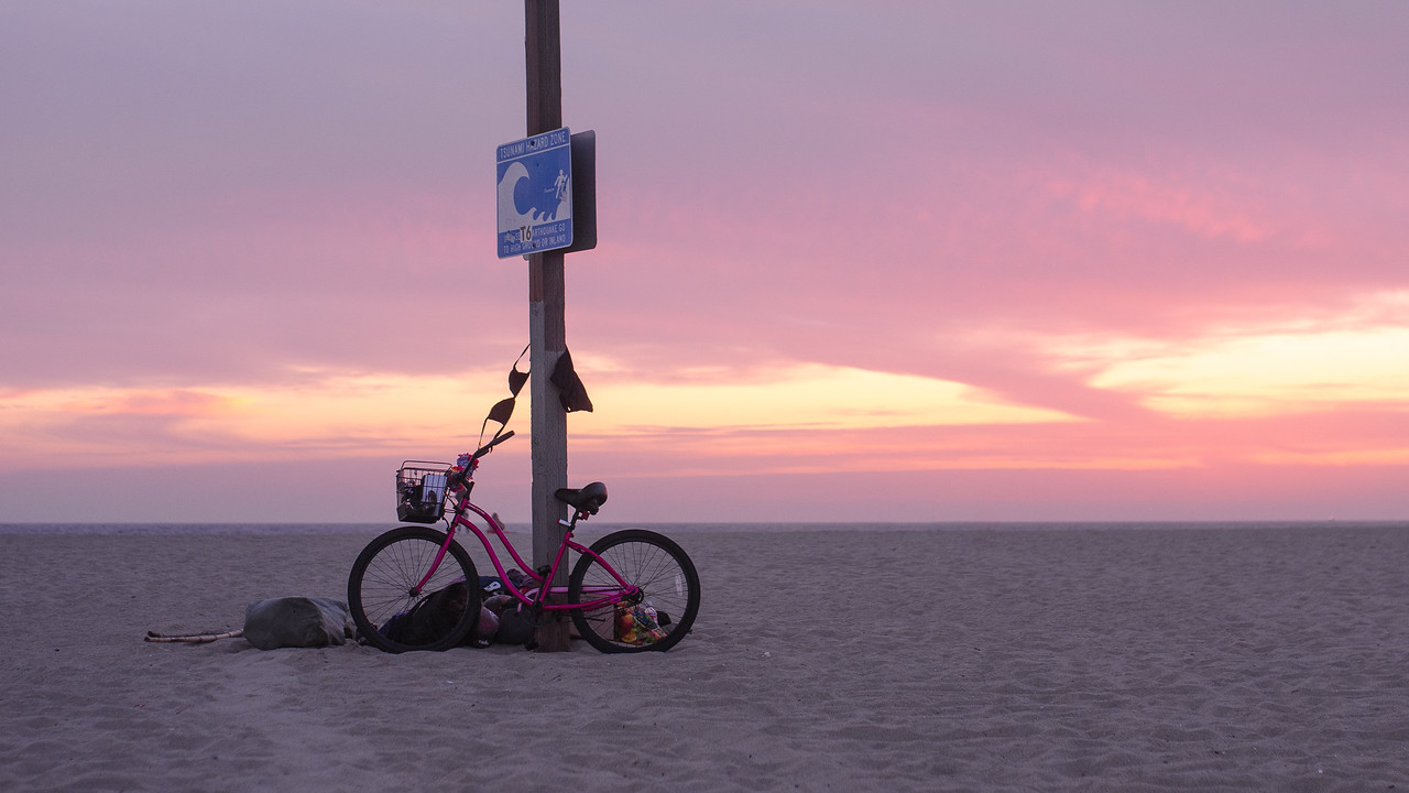 Bed time, Venice Beach, CA