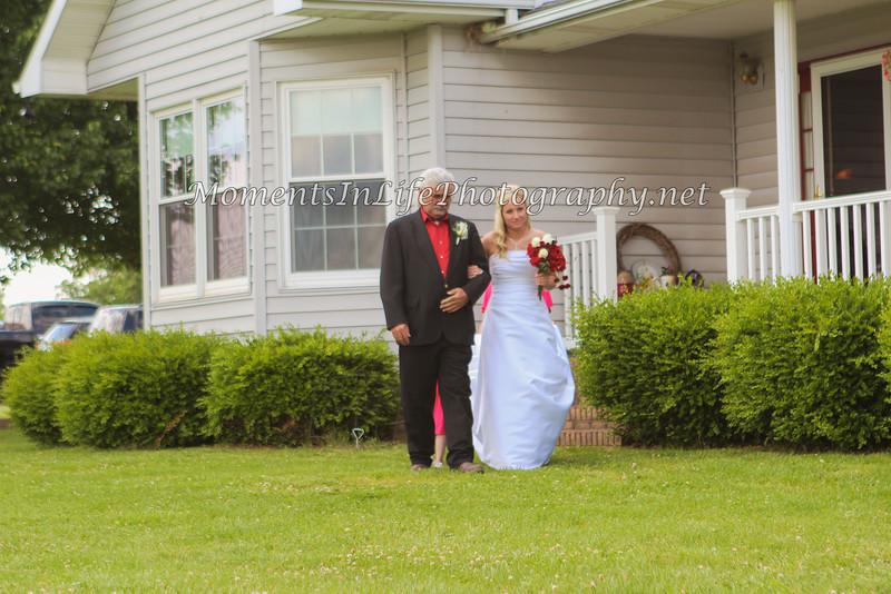 Jordan & Tiffany Roberts470-2
