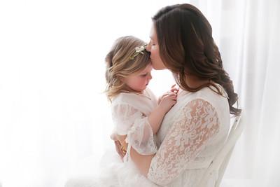 Amelia & Mommy