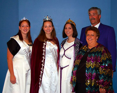 The Grand Family gets ready for Installation