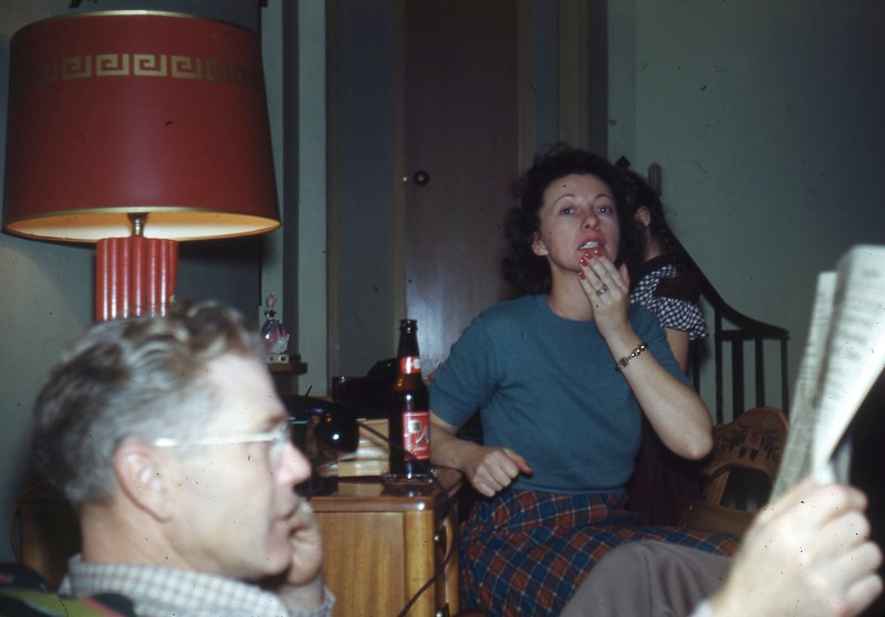 Dec 49 - Pa & Ma Eckert ... (Elaine just behind Ma?)