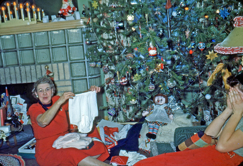 Dec. 1950 - Grandma & Elaine, Christmas on Bauman