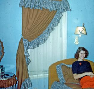 Dec 1949 - Elaine's room