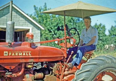 Aug 1948 - Max on Stan's farm