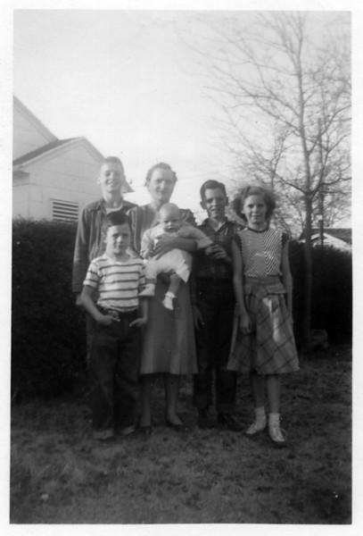 Monaghen Family Group Shots