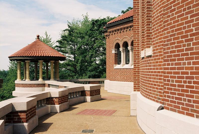 Colonnade. Photo by Bill Sheets Photography, Louisville, Kentucky.