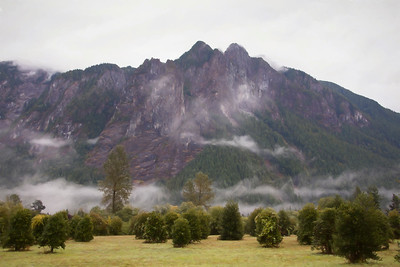 Holly Farm base Mt Si Closeup patchy fog morning 9-20-17 Monet Impression