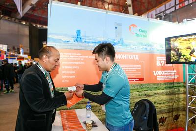 """2019 оны дөрөвдүгээр сарын 10. Ес дэх удаагийн Mongolia Mining 2019 үзэсгэлэн нээлтээ хийлээ.  Жил бүр болдог үзэсгэн энэ удаад """"Хариуцлагатай уул уурхай, тогтвортой хөгжил"""" сэдвийг онцолж байна.  ГЭРЭЛ ЗУРГИЙГ Б.БЯМБА-ОЧИР/MPA"""