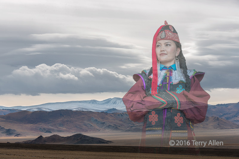 Dreaming-of-the-steppes,-woman-in-traditional-attire,-Khovd,-Western-Mongolia