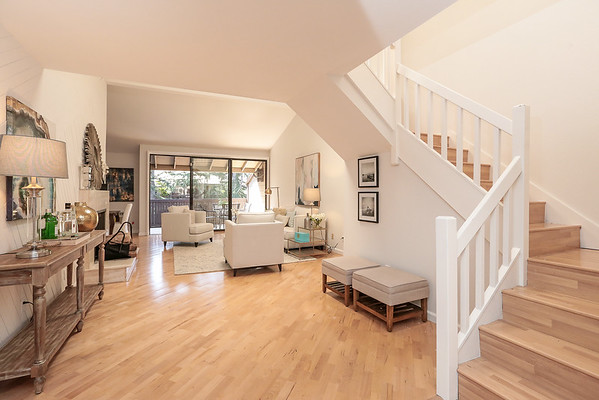 2040 W Middlefield Road #16, Mountain View