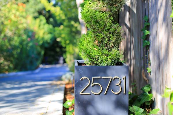 25731 Deerfield Dr Los Altos Hills CA 94022