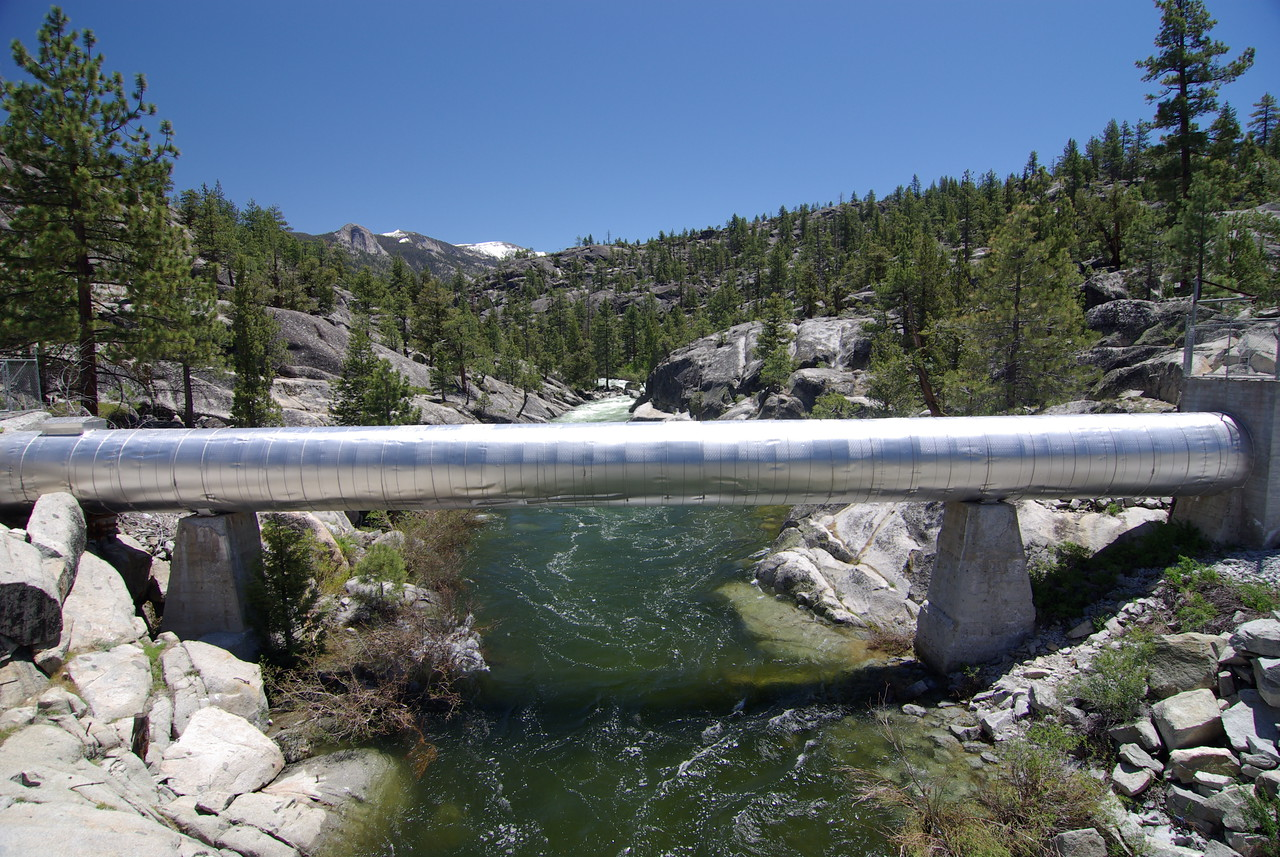 Looking at the South Fork of the San Joaquin River, upstream from the Bridge