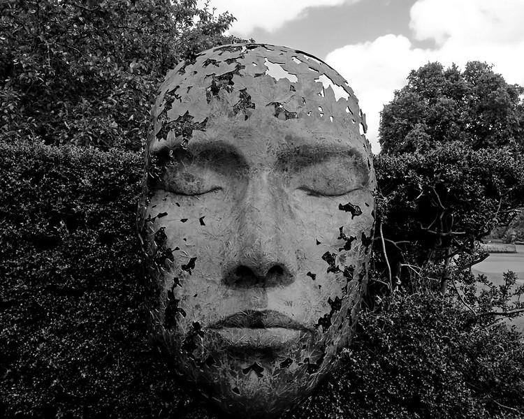 CH000880 Kew Gardens mono