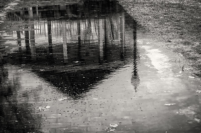 Gazebo reflected, mono