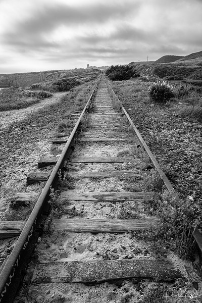 Tracks  to the Past.