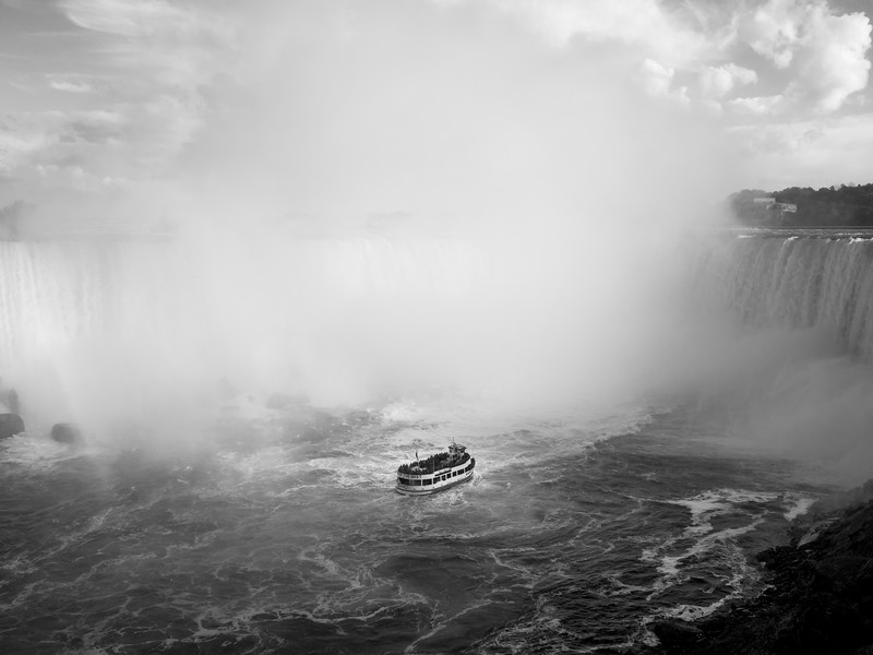 Niagara Falls & Maid of the Mist