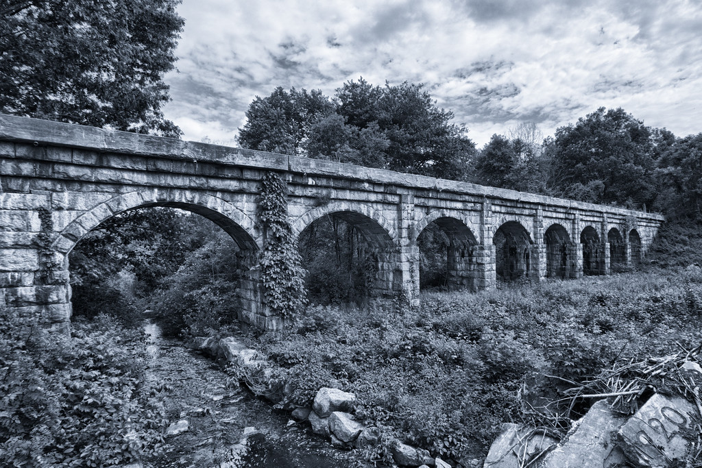 Eight Arch Bridge
