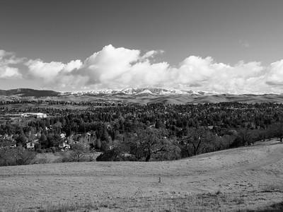 Rare SF Bay Area Snow. San Ramon. Grey Fox Trail. Bishop Ranch Regional Preserve - San Ramon, CA, USA
