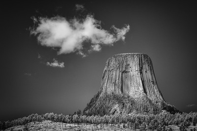 DEVILS TOWER, CLOSE ENCOUNTER #1