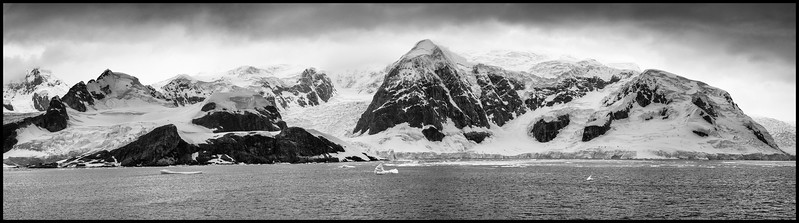MOUNTAINS AND GLACIERS AT PARADISE BAY
