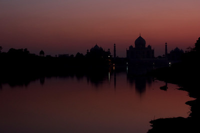 Taj Mahal at dusk
