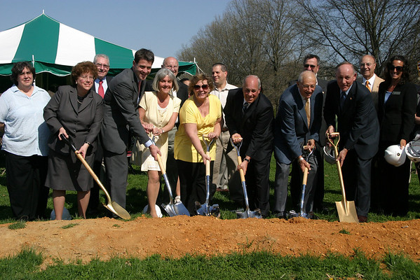 Groundbreaking Ceremony for New MTHS , Friday 4/18/08