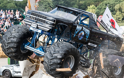 Monster trucks and Drag racing August 18