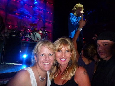 Laura & Kim at the pre-party with Kix. Is that Joe peakin' in on the side??