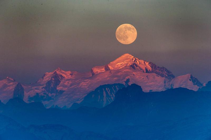 Salève pleine lune-1737
