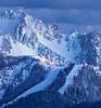 Alpi Giulie innevate di sera-Lussari illuminato dall'Acomizza 080412-372728 v102