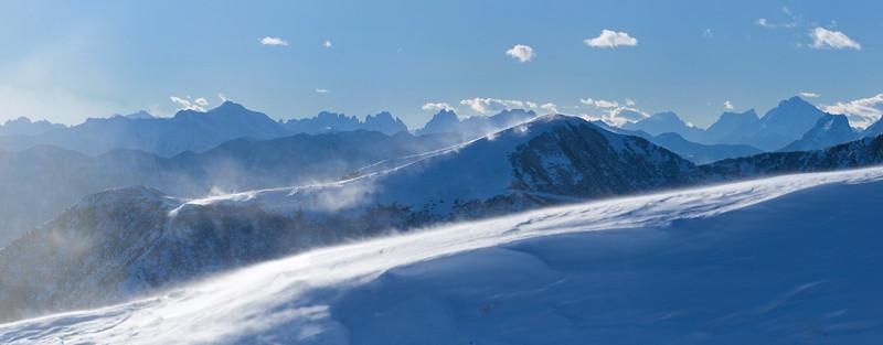 Dal Pizzo del Corvo verso le Dolomiti 121107-709907# v100