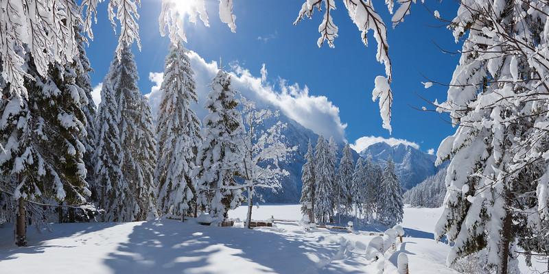 Lago di Raibl / Predil - Alpi Giulie  Foto Claudio Costerni n. 210210-932344
