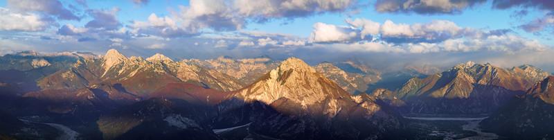 Panorama sulle vette dal Colle dei Larici -foto n° 211007-844385