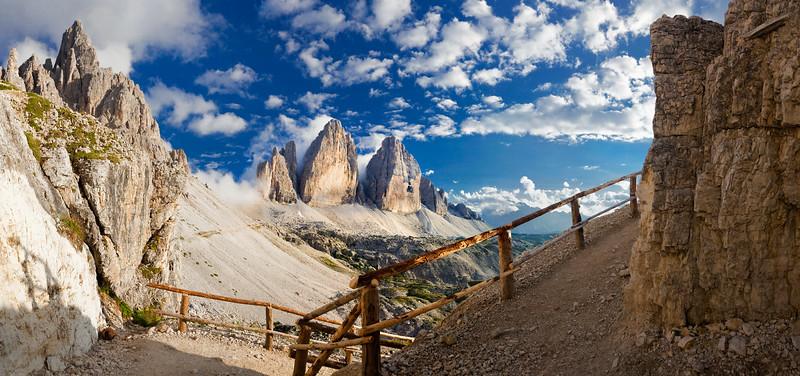 Paterno-Tre Cime di Lavaredo 060809-844959 v101.jpg