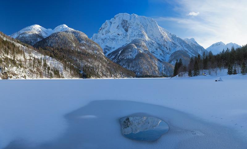 Cima del Lago specchiata - Alpi Giulie occidentali - Val Rio del Lago <br /> <br /> Foto n°120214-543647