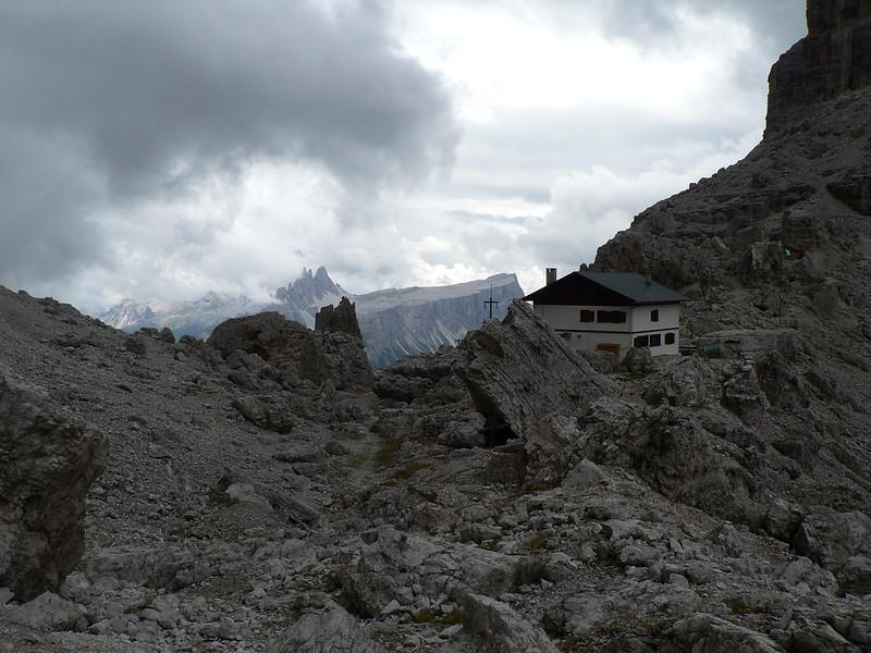 Il rifugio Giussani a forcella Fontananegra
